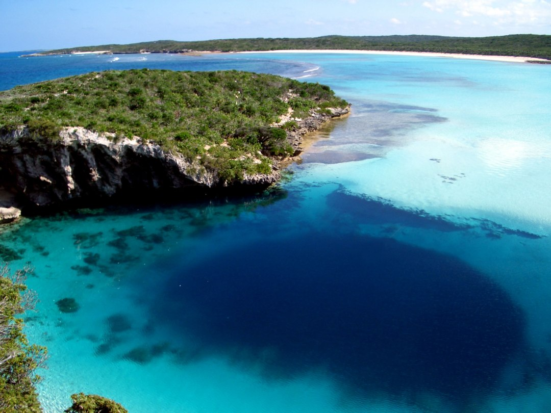 Deans Blue Hole, Long Island, Bahamas