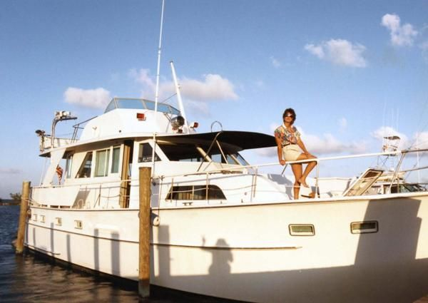 Lynn on bow of Sailor's Hat