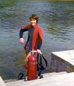 Lynn with red bomb tank