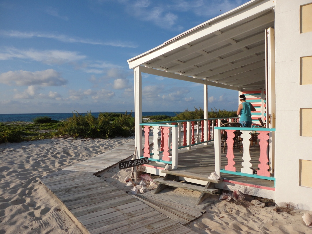 Castaway cottage on quiet Salt Cay