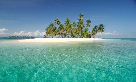 An islet in the Guna Yala islands, Panama, C.A.